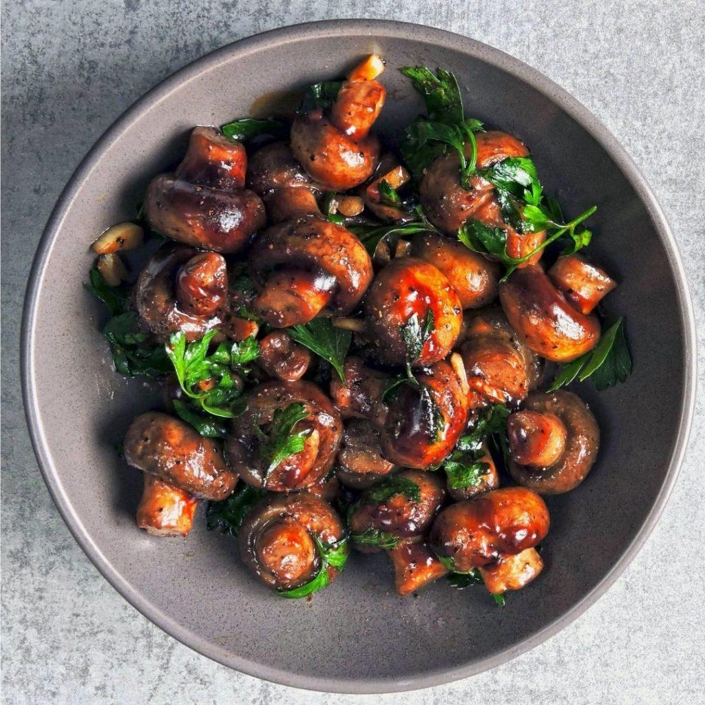 Foods that start with X - Xampinyons En Salsa Mushrooms