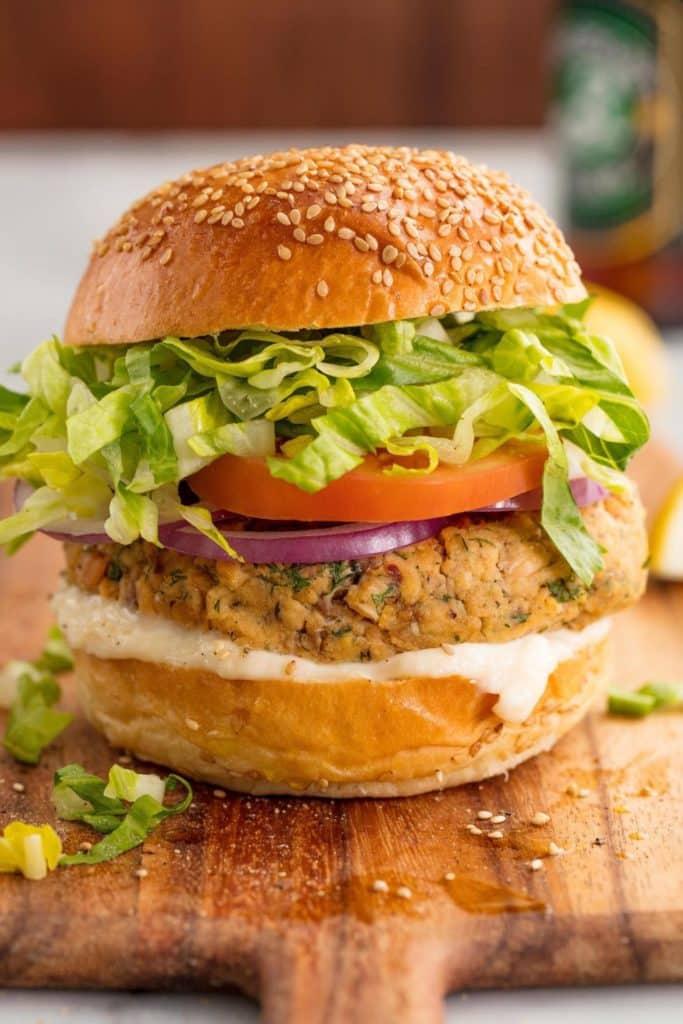 Canned Mackerel Recipes - Lemon Dill Burger